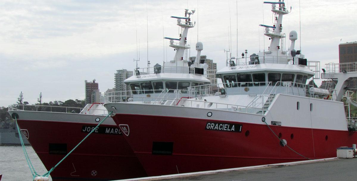 Los nuevos buques de Moscuzza llegaron al puerto de Mar del Plata