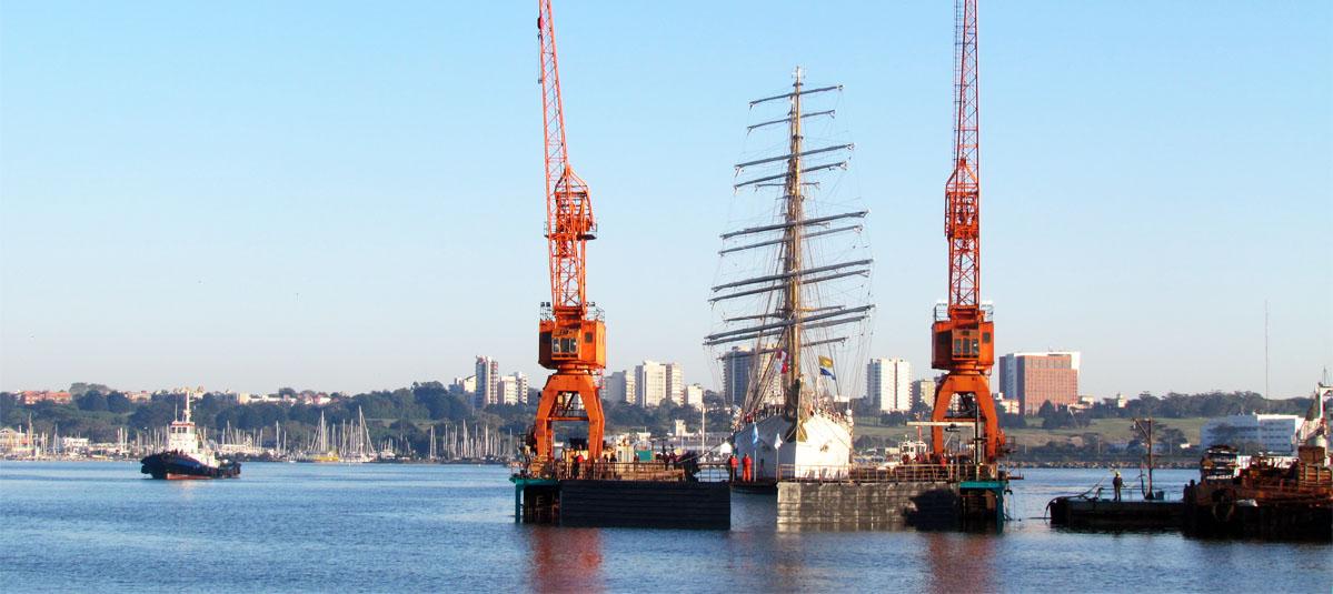 """Resultado de imagen para SPI Astilleros subió a dique la """"Fragata Libertad"""" e inicia su reparación"""